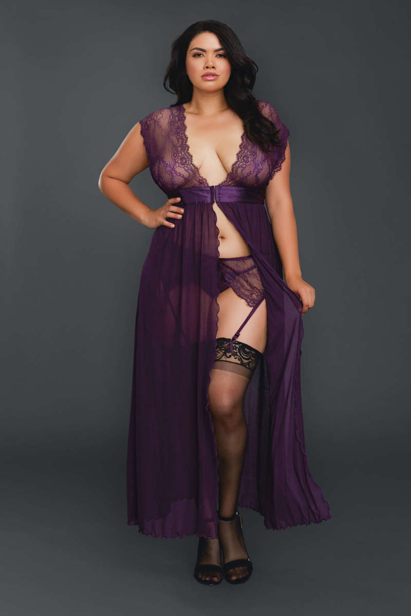 Flyaway Lace Gown Plus Size Lingerie Set