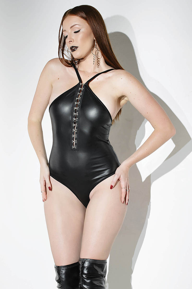 Chain Cage Back Teddy