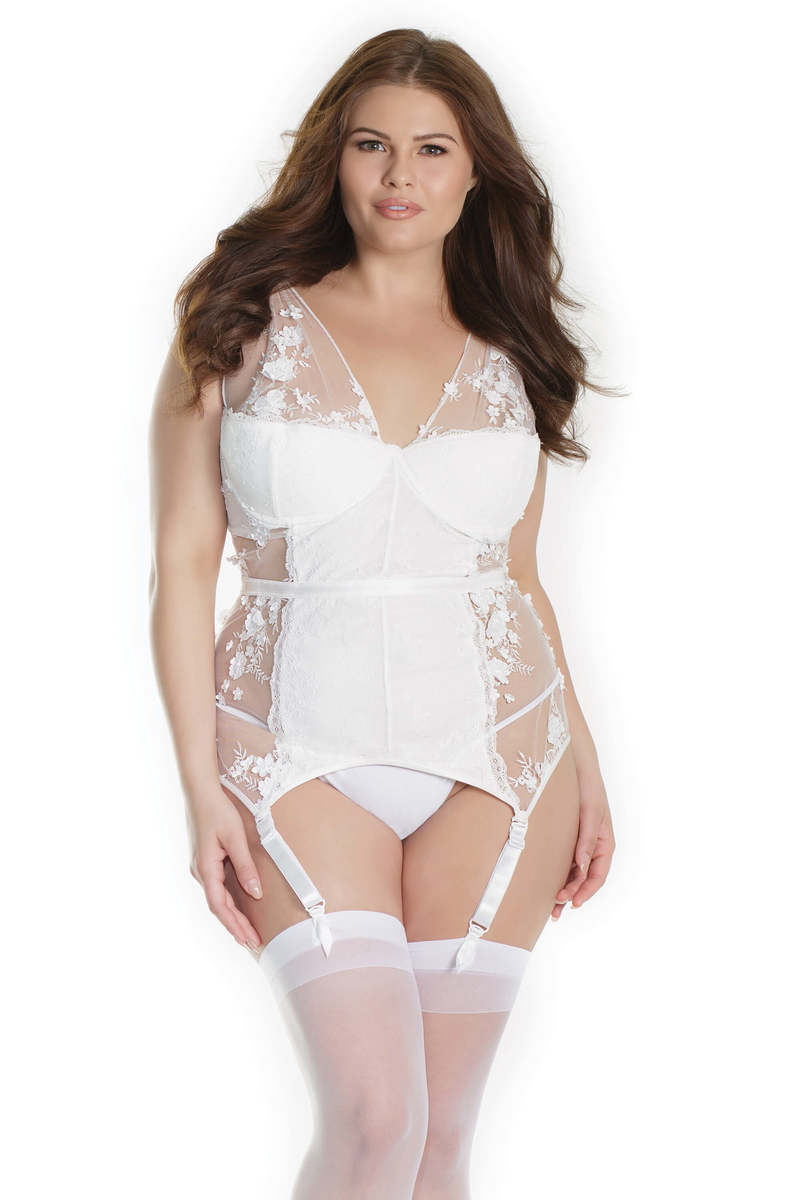 Plus Size Floral Detail Bridal Babydoll Set