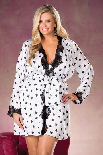 Plus Size Heart Print Robe