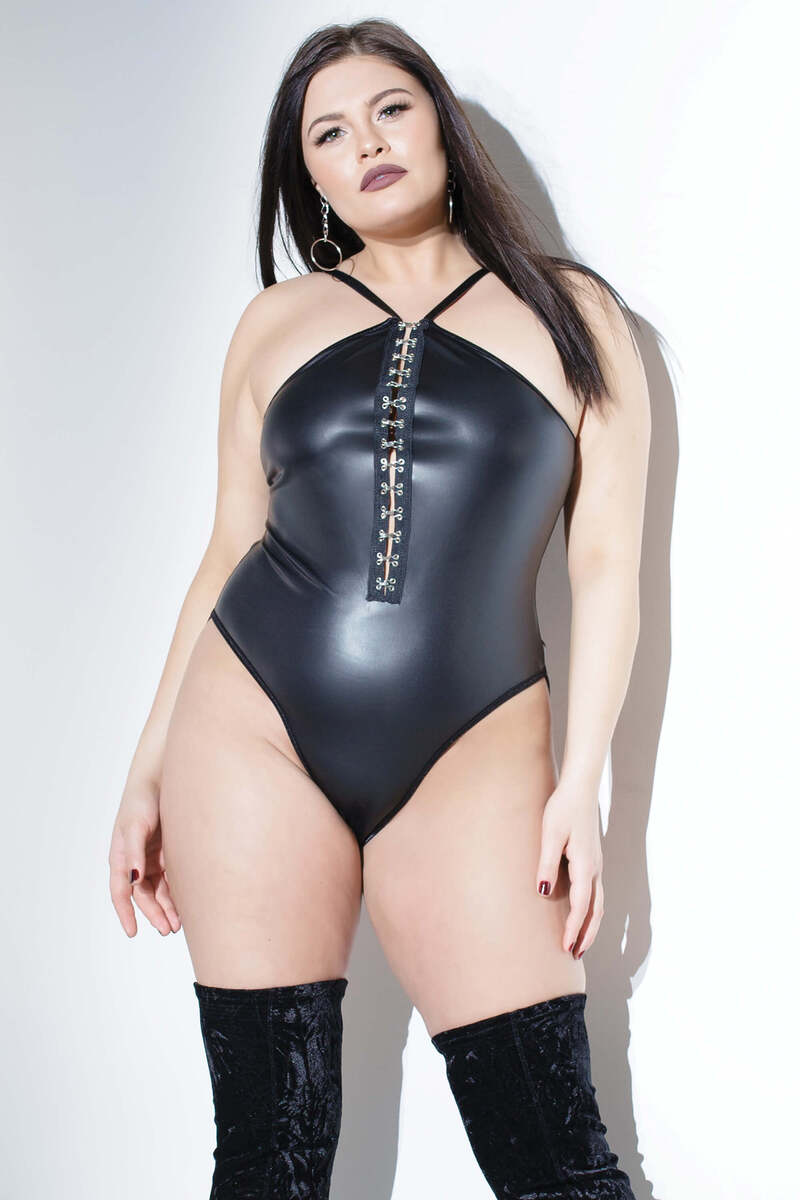 Plus Size Chain Cage Back Teddy