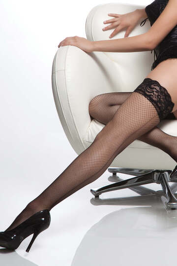 Lace Top Back Seam Fishnet Stockings