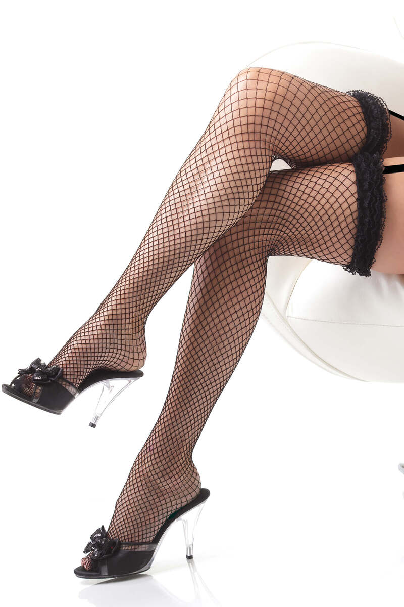 Ruffle Lace Fishnet Stockings